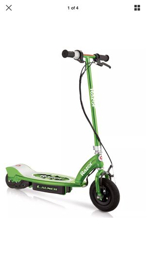 RAZOR LAUNCH MOTORIZED 24 VOLT RECHARGEABLE ELECTRIC POWER KIDS SCOOTER, GREEN for Sale in Waldorf, MD