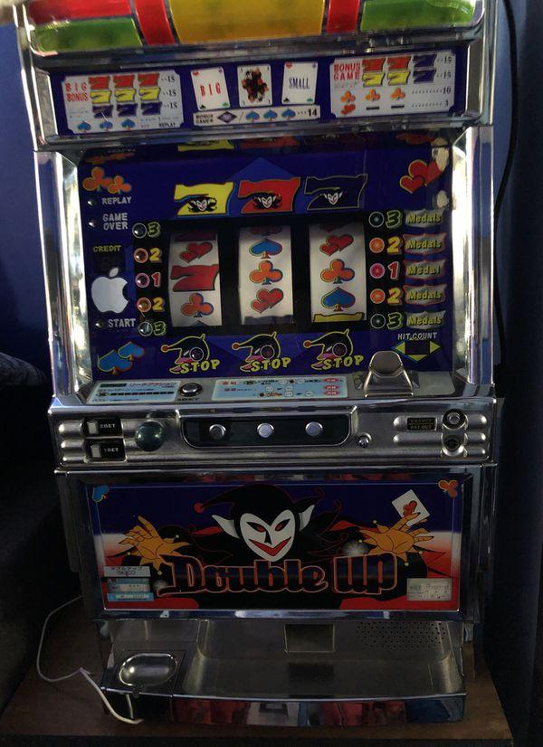 Corona Slot Machine