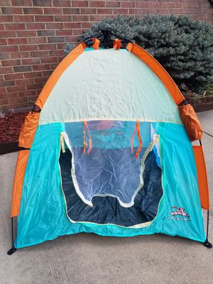 Kids waterproof travel tent /collapsible for Sale in Potomac Falls, VA