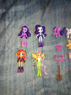 Lot Of My Little Pony Dolls And Toys  Thumbnail