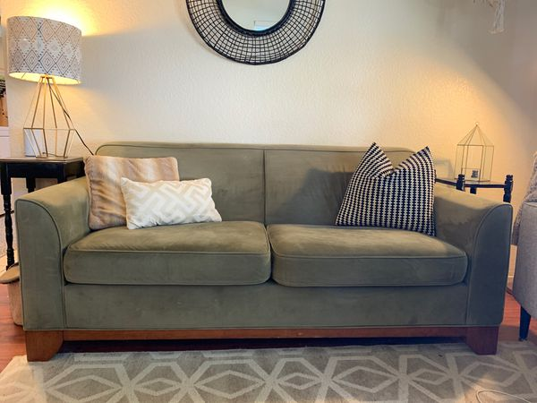 Super World Market Sofa Good Condition Super Comfy For Sale In Ncnpc Chair Design For Home Ncnpcorg