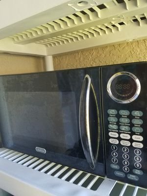 Microwave great condition. for Sale in Melbourne, FL