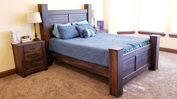 d299ac2426f19 Ashley Quinden Queen Poster Bed 5 pc Set for Sale in Dallas