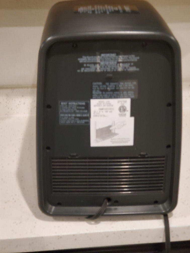 Infrared Quartz 1500-Watt Electric Portable Space Heater with Remote Control and Cool-Touch Housing by Lasko