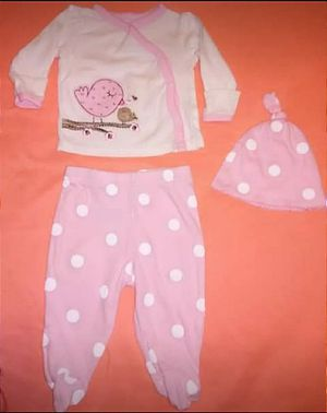 Newborns outfits for Sale in Hillsboro, MO