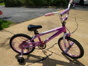 Genesis Hollywood freestyle girls bike for Sale in Arnold, MO