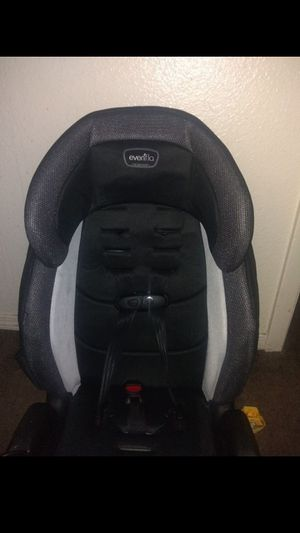 Photo Evenflo baby/toddler car seat