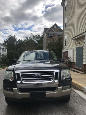 2007 Ford Explorer Eddie Bauer 3rd row leather seats ,navigation, dvd ,tow package,4 wheel drive for Sale in Laurel, MD