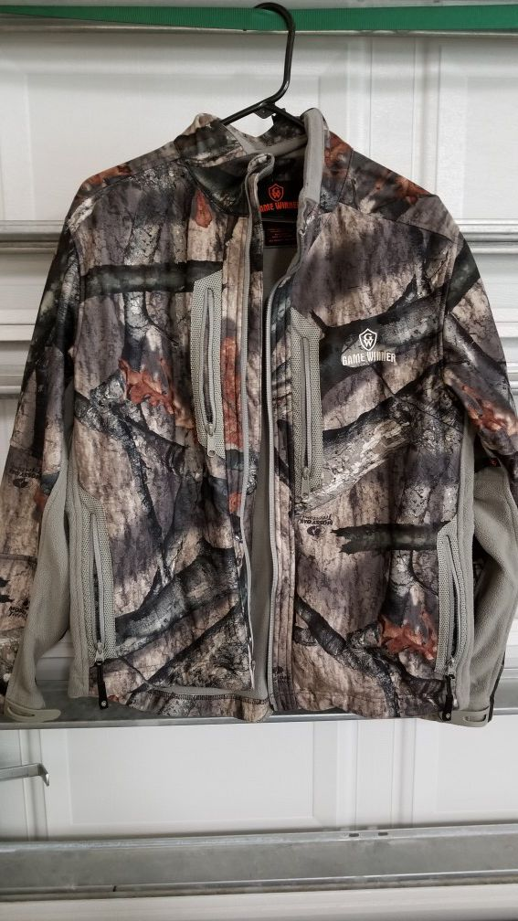 ee16ea78f96b4 Game winner camo jacket XL for Sale in Corpus Christi, TX - OfferUp