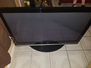 Samsung 50 inch tv (DOES TURN ON) for Sale in Orlando, FL