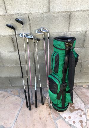 Bag and golf clubs for Sale in Los Angeles, CA