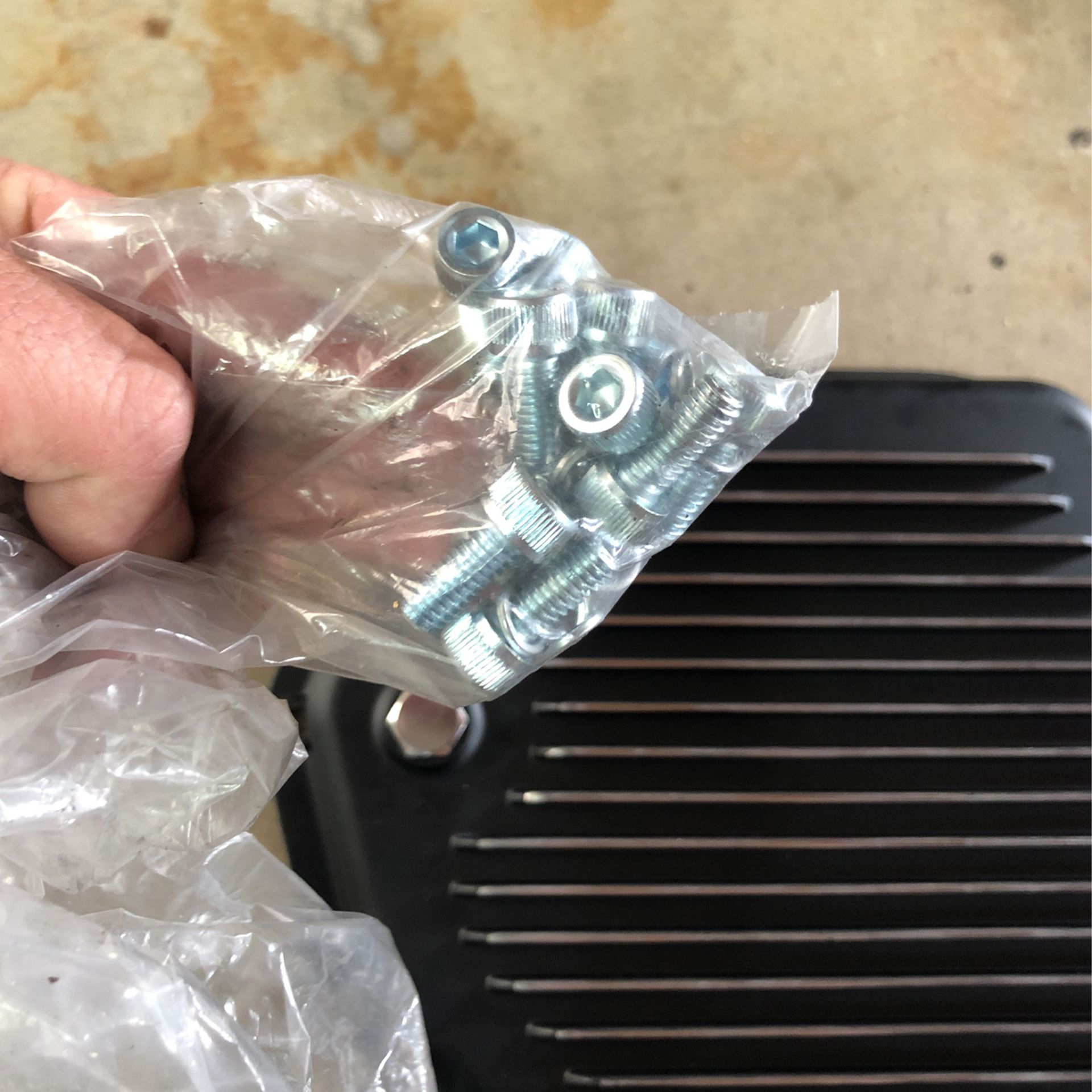 Brand new in the box4 00 Turbo Transmission pan