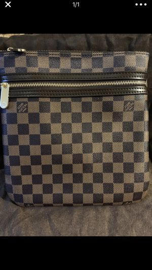 Louis Vuitton Messenger Bag for Sale in Silver Spring, MD