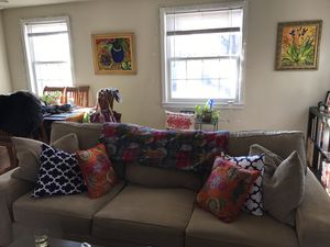 Haverty's Sofa for Sale in Derwood, MD