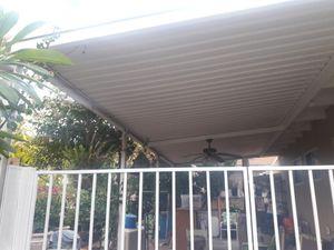 Se asen tejados de todas medidas 10x40 10x30 10x20 10x10 10x5 for Sale in Bell, CA