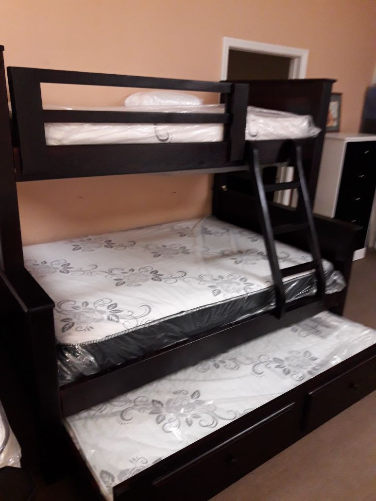 New twin-full pinewood bunkbed