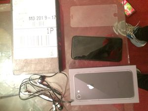 Iphone 8 32 gig Clean Unlocked for Sale in Bowie, MD