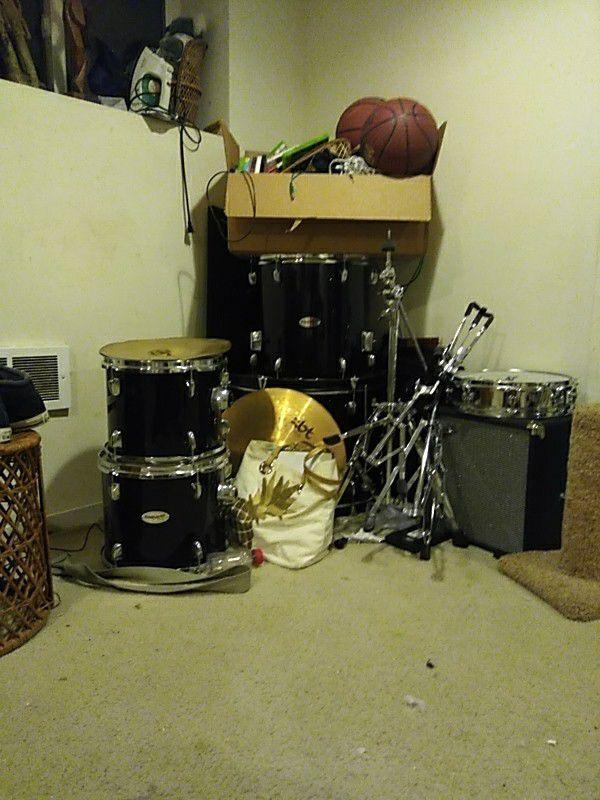 Fender Starcaster Drum Kit for Sale in Seattle, WA - OfferUp