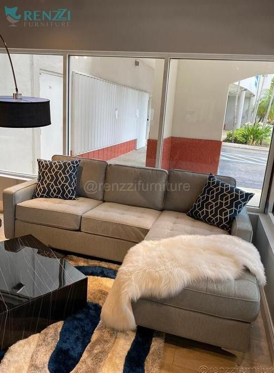 +#!#+ **++** Sectional Sofa / Financing Available