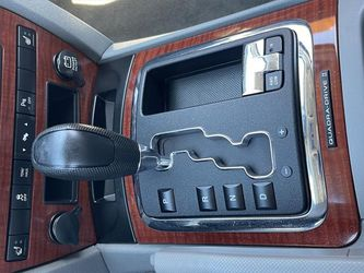 2007 Jeep Grand Cherokee Thumbnail