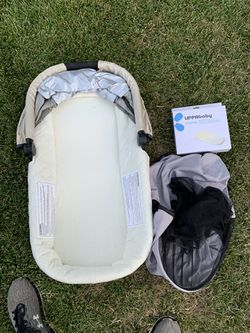 Uppababy Vista With rumble Seat, Bassinet, Piggyback, and Travel bag Thumbnail