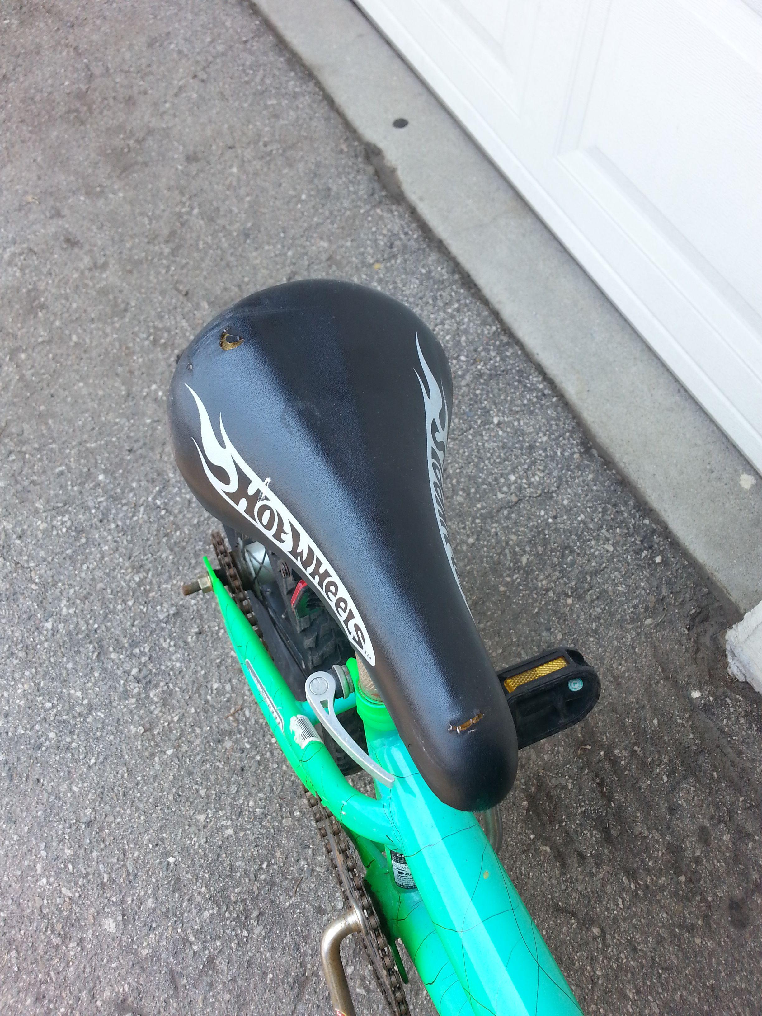 "Hotwheels bicycle 16"" BOYS used"