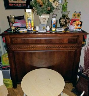Bar with 1 stool!!! for Sale in Glendale, AZ