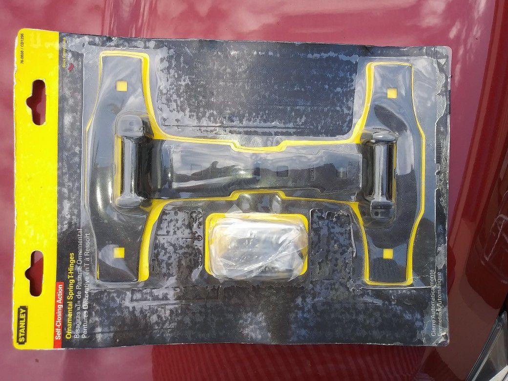Stanley ornamental spring T hinge #760880