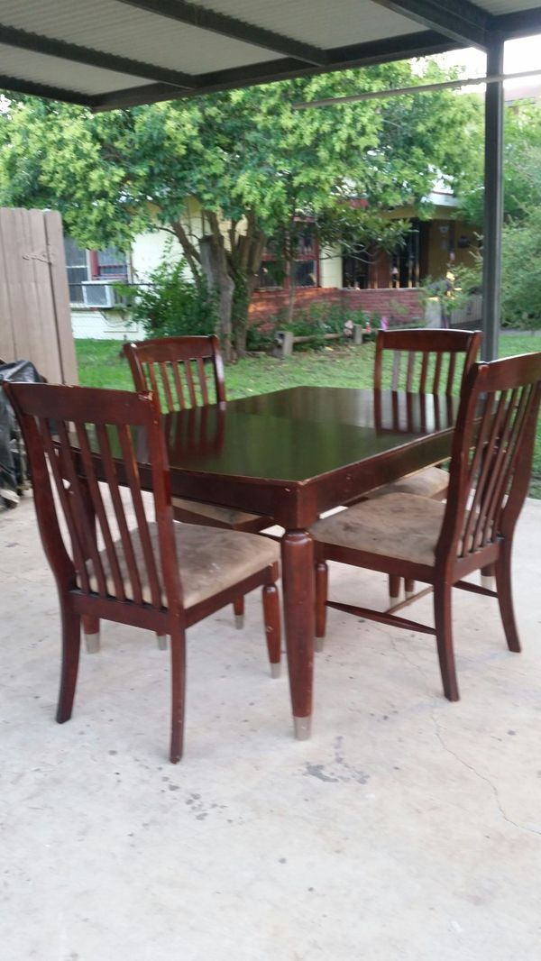 Dining Room Table With 4 Chairs Normal Height For Sale In San Antonio TX