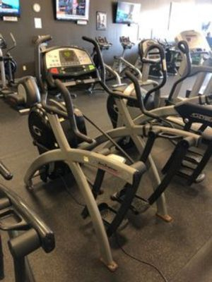 Cybex ARC 600a trainer total body elliptical for Sale in Silver Spring, MD