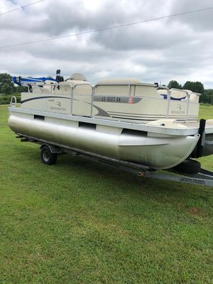 New and Used Pontoon boat for Sale in Spartanburg, SC - OfferUp