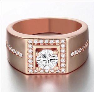 New 18 k rose gold men's wedding ring engagement ring for Sale in Orlando, FL