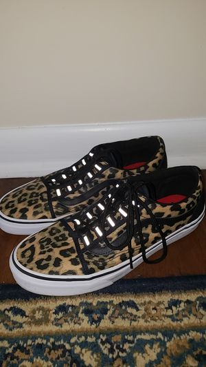Vans - Nylon Leopard, Size 9 for Sale in Gaithersburg, MD