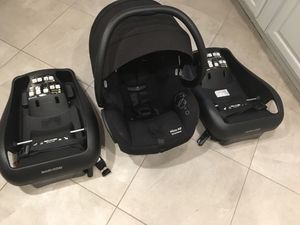 Maxi Cosi Car Seat, 2 bases, & Baby Trend Stroller for Sale in Springfield, VA