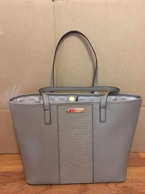 Michael Kors LG Travel Tote Leather (Silver) for Sale in VA, US