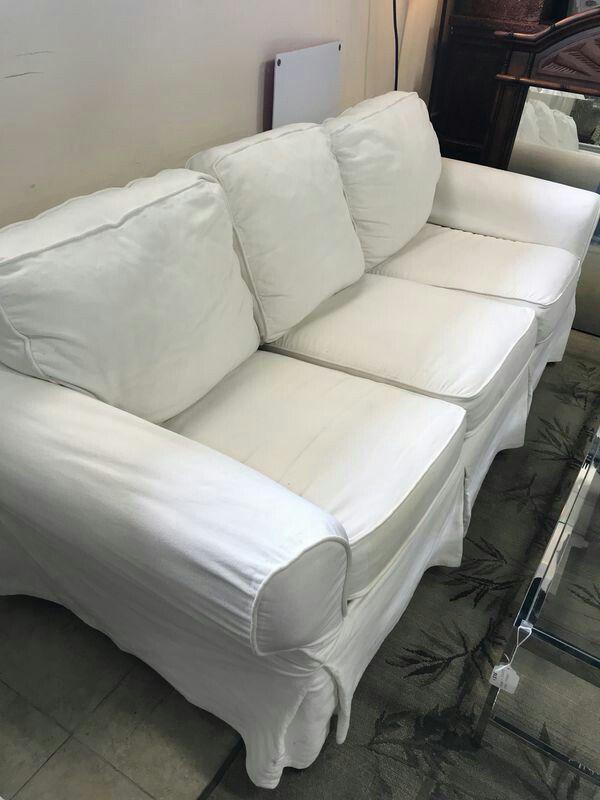 Pottery Barn Beachy White Linen Slipcover Sofa Couch