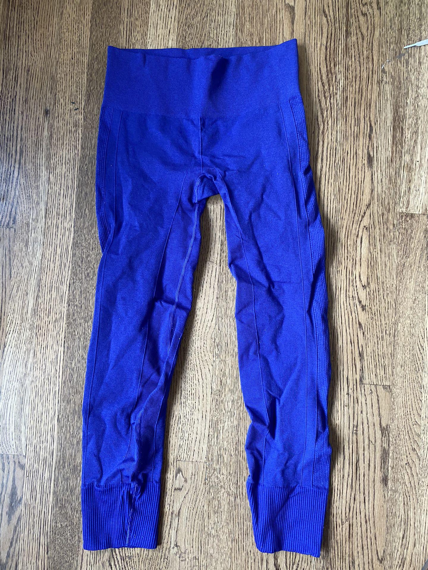 """Lulemon 28"""" leggings size 8"""