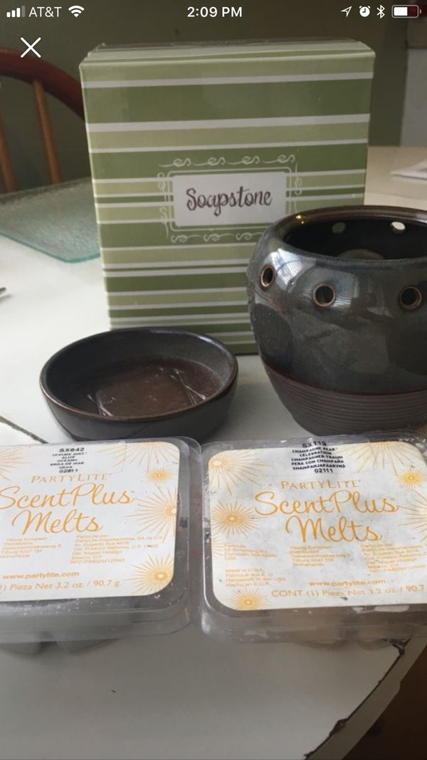 Scentsy with 2 scent waxes free household in long beach for Kitchen cabinets 90808