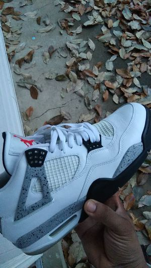 150$ sz 13 wc4 for Sale in Hazelwood, MO