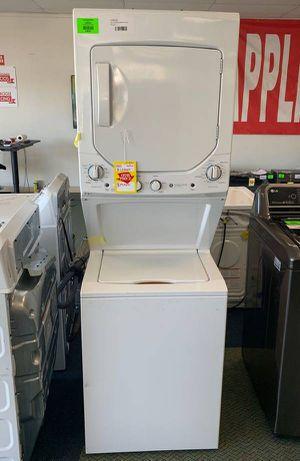 Photo BRAND NEW!! GE GUD24ESSMWW washer dryer