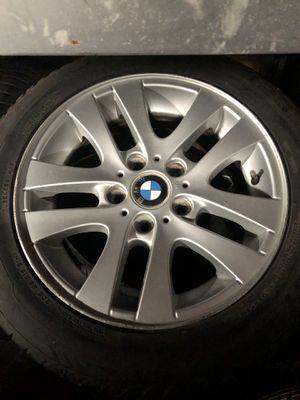 Photo BMW e90 328i rims and tires