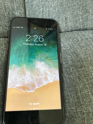 At&t iphone 8 120g for Sale in Mount Rainier, MD