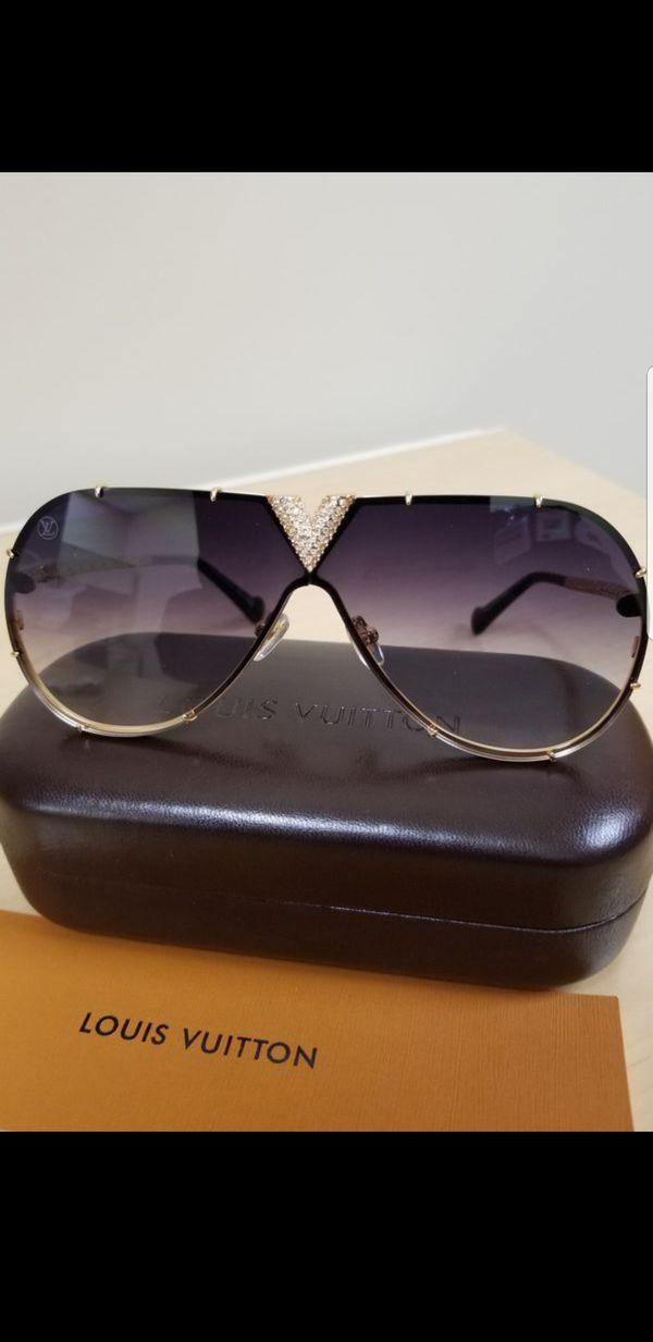 f99e06ff06 Authentic Louis Vuitton Millionaire Strass LV Drive Z1060 Sunglasses ...