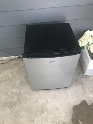 Dorm fridge for Sale in Normandy Park, WA