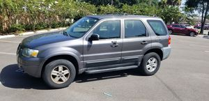 2005 FORD ESCAPE XLT ***MUST SELL*** for Sale in Tampa, FL