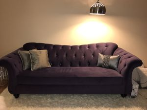 96-inch purple microfiber sofa/couch $400 (price reduced) for Sale in FX STATION, VA