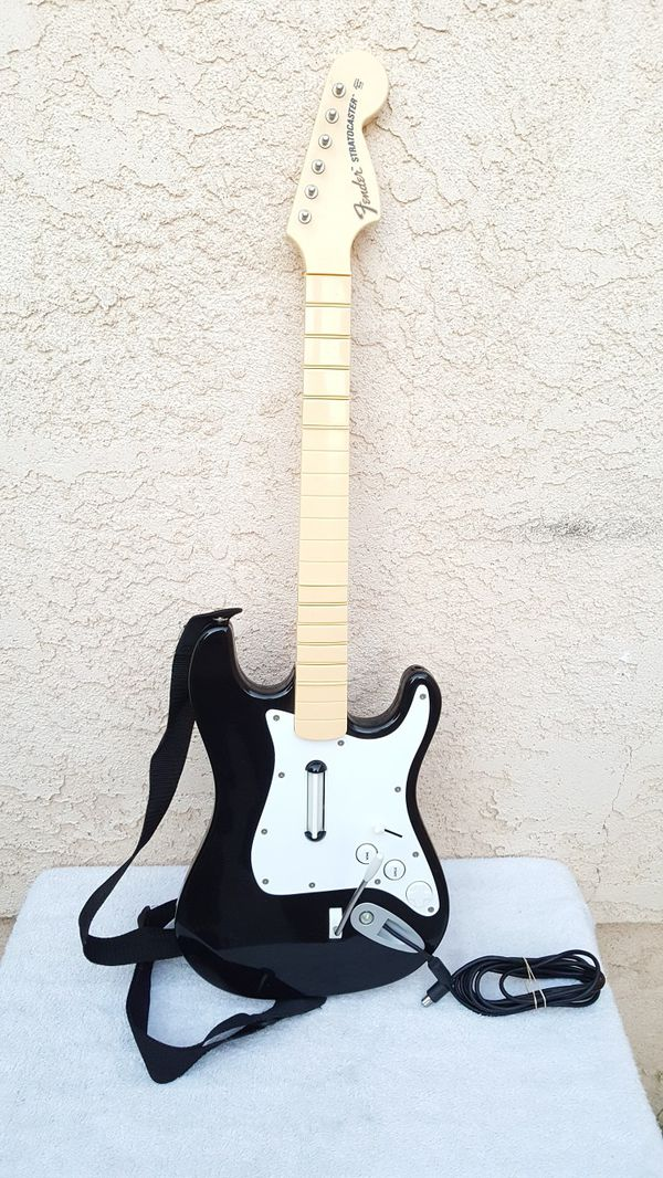 Xbox 360 fender stratocaster wired rock band guitar hero controller for  Sale in Norwalk, CA - OfferUp