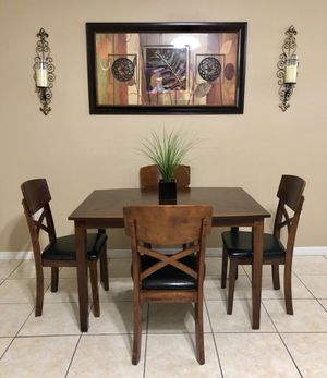 Beautiful Ashley's furniture dining set for Sale in Clermont, FL
