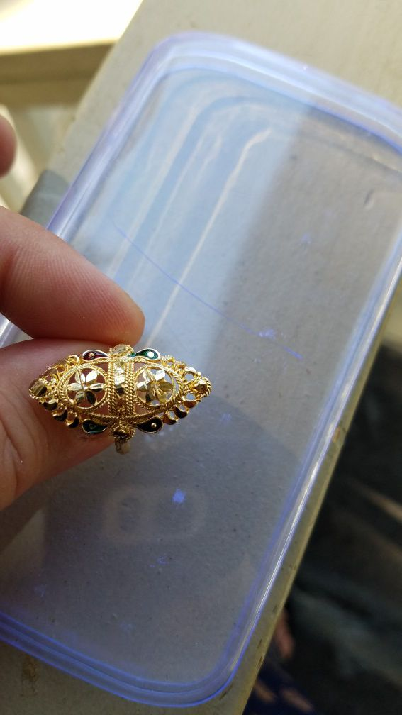 Ring size 818 karat gold plated brand new