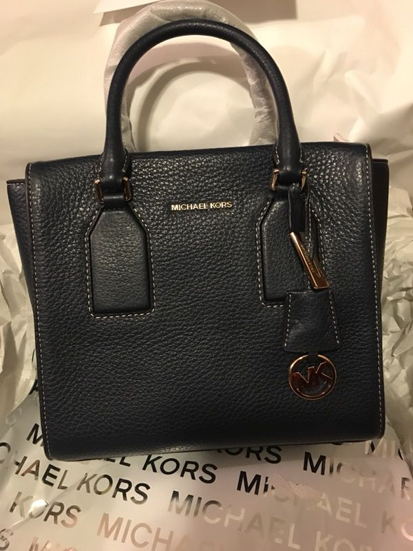 0caed996a69b Navy Blue Michael Kors Selma Bag for Sale in Bay City